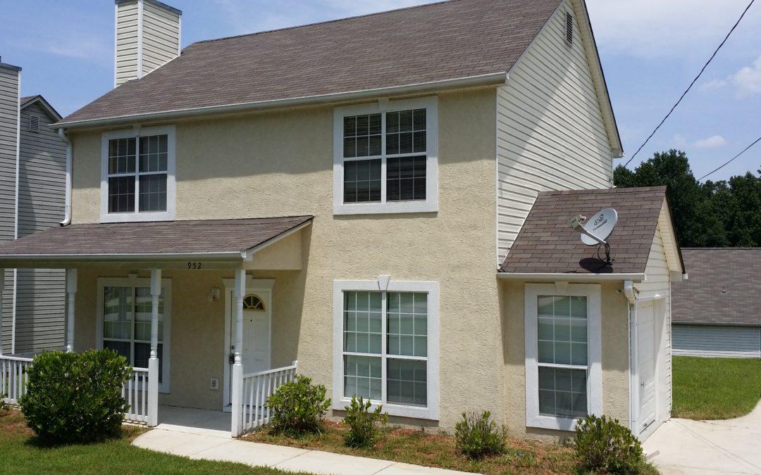 952 Hunt Rd, Jonesboro, GA 30236